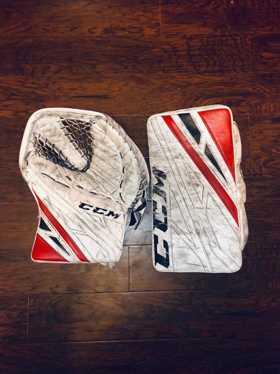 CCM eflex 4 Pro Return Goalie Glove Set