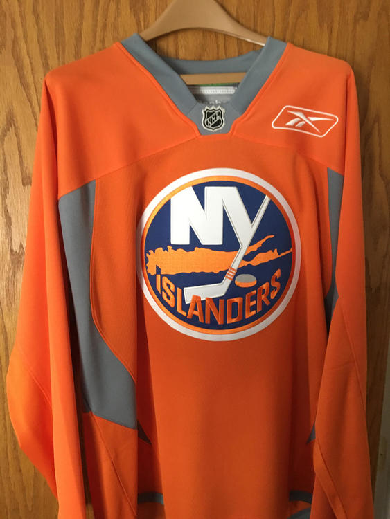 new concept fd9b4 7d14b NY Islanders Reebok Practice Jersey Large
