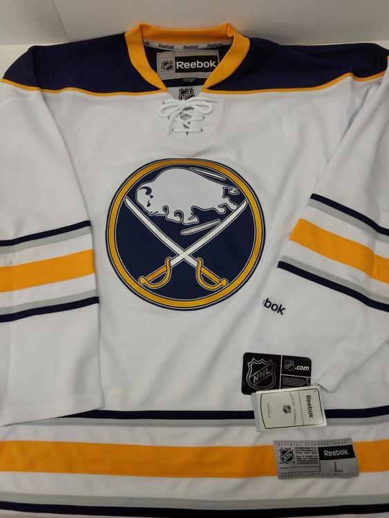 sale retailer a1e7b 7058f New Reebok Buffalo Sabres --- Medium