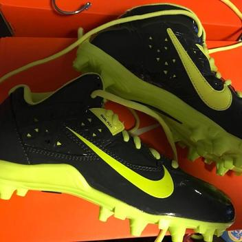 check out dc4bd 21d5e Football Cleats   Buy and Sell on SidelineSwap