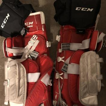 CCM Premier R1 5 Leg Pads Junior | SOLD | Hockey Goalie