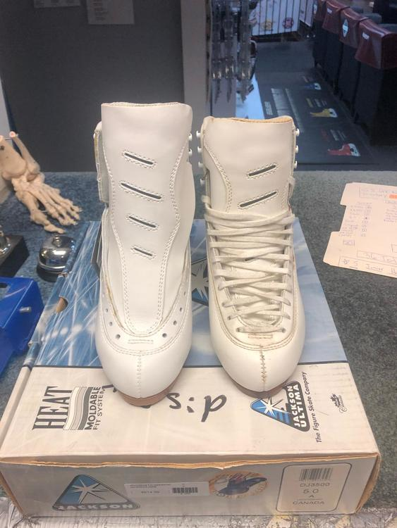 Jackson 3500 Elite Figure Skating Boot NEW IN BOX