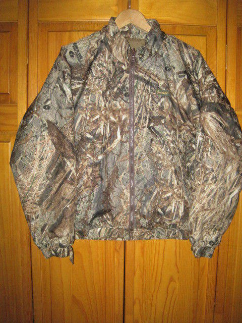 cba6f69ae4ab4 Mossy Oak Duck Blind Reversible Camo Duck Hunting jacket kids boys L lined  | EXPIRED | Apparel Jackets & Coats | SidelineSwap