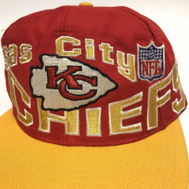 a804625e72884 Vintage Kansas City Chiefs Apex Wool Hat 90s SNAPBACK CAP ADJUSTABLE NFL  Football. Related Items