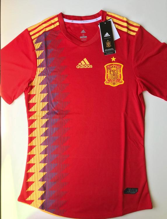 buy popular 7fa72 2657a New Adidas SPAIN NATIONAL TEAM FIFA WOLD CUP SOCCER PLAYER HOME JERSEY