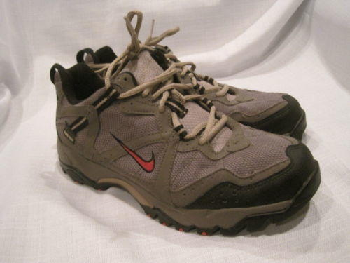 52d66de0237 Vintage Nike Gore-Tex Waterproof Hiking Shoes Women s 7.5 gray camping  outdoors