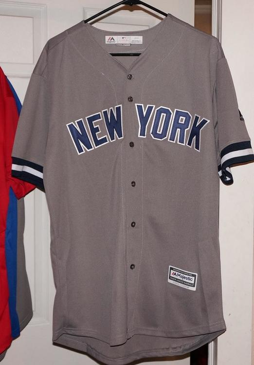 promo code 989dc 720d6 Aaron Judge Game Jersey XL 99 Majestic Open To Offers