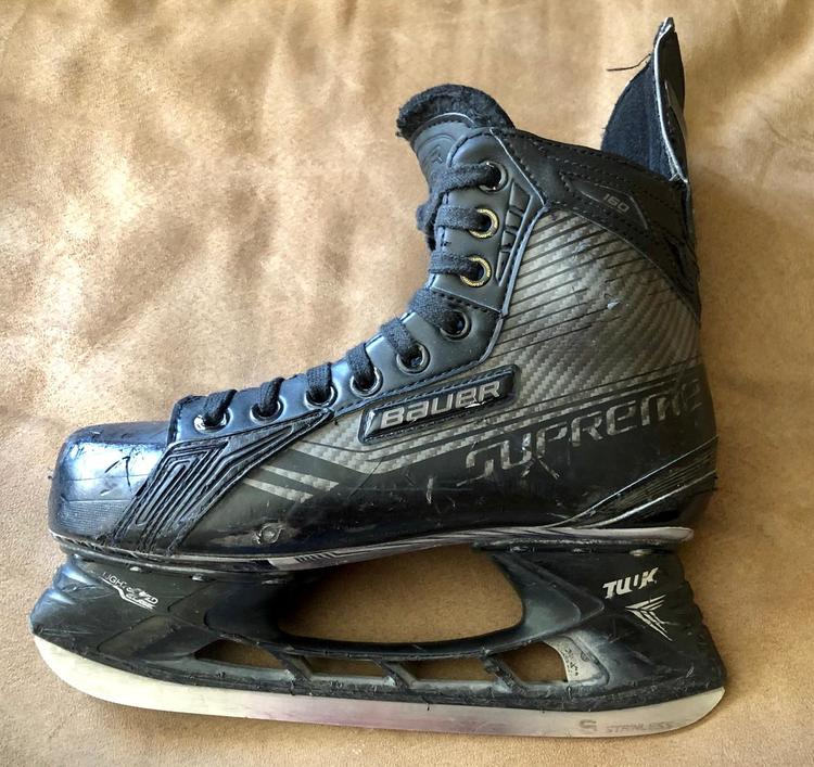 Bauer Limited Edition 'Blacked Out' Supreme 160 - Junior 5