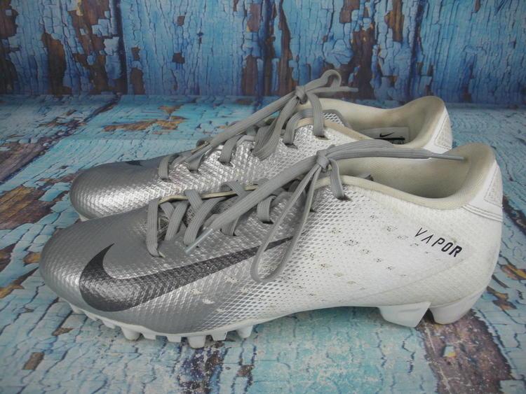 33ca5625d9d Nike Vapor Untouchable Shark 3 Cleats 917168-101 Silver Size  8.5 ...