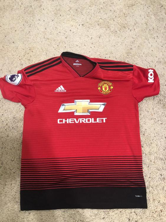 low priced c75d3 3ed88 Manchester United Mens Kit 2018-19 Season Used But In Great Condition