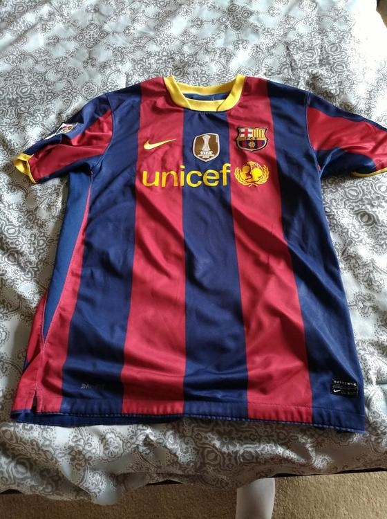 1b8059a2b50 Authentic FC Barcelona Lionel Messi Jersey (Large). Related Items