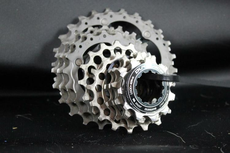 NEW Shimano Dura-Ace 14t 1//8 Track Cog Black
