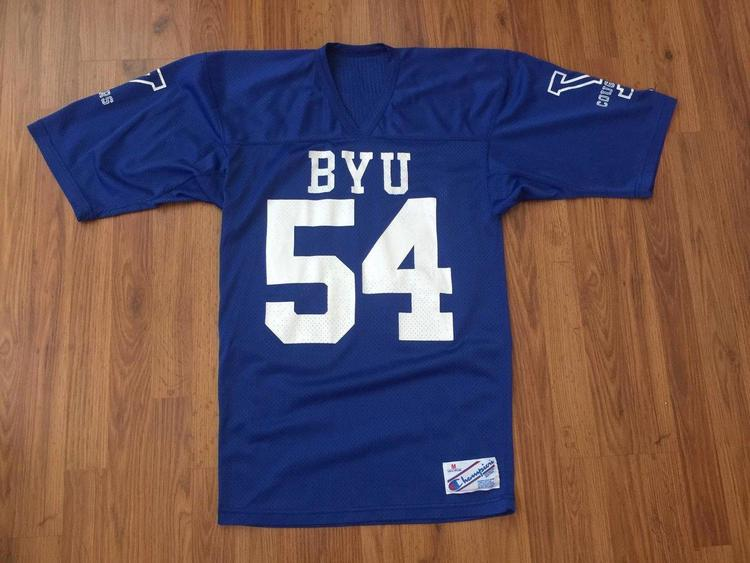 08dd888e9db BYU Cougars NCAA SUPER AWESOME VINTAGE Champion Pull Over Size M Jersey! |  Football Apparel | SidelineSwap