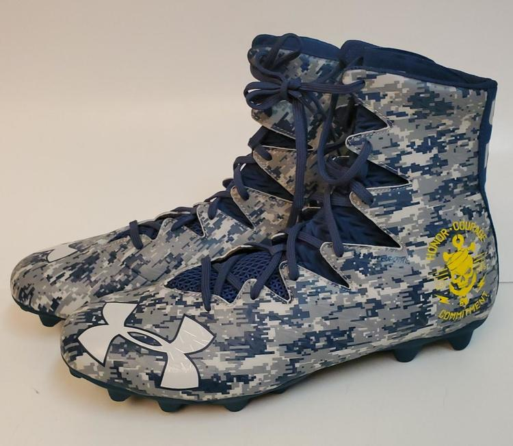 a8c208b299b87 NEW Under Armour Highlights U.S. NAVY (US Size 14) Football Cleats