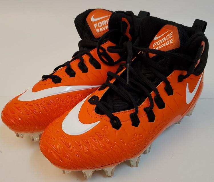 size 9 football cleats