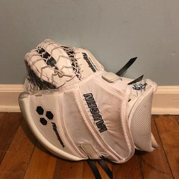 Vaughn Velocity VE8 Pro Carbon Intermediate Catch Glove