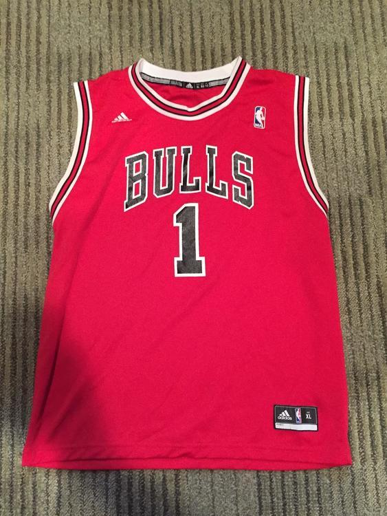 finest selection ea8a2 c2256 Derrick Rose - Bulls Jersey - XL