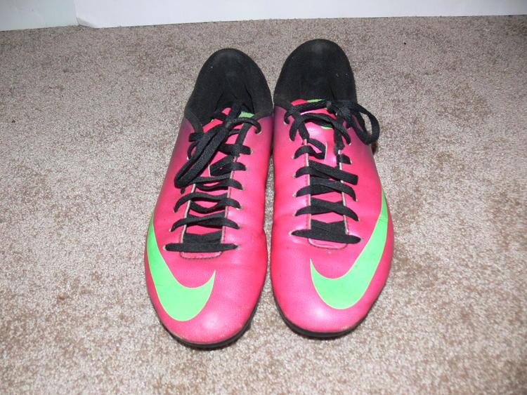 huge sale great look sale NIKE MERCURIAL Pink Purple Green Soccer Cleats Women's 7.5