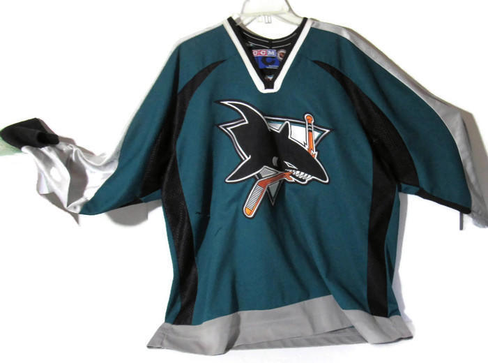 innovative design f24b2 d5bb1 San Jose Sharks Vintage CCM NHL Center Ice Official Licensed Pro Hockey  Jersey Size XL Sr