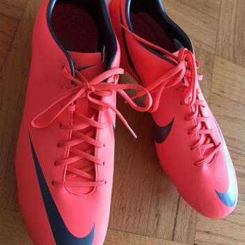 3b68f397f478 Nike New Mercurial Superfly V CR7 Quinto Triunfo #870/1000 | Soccer ...