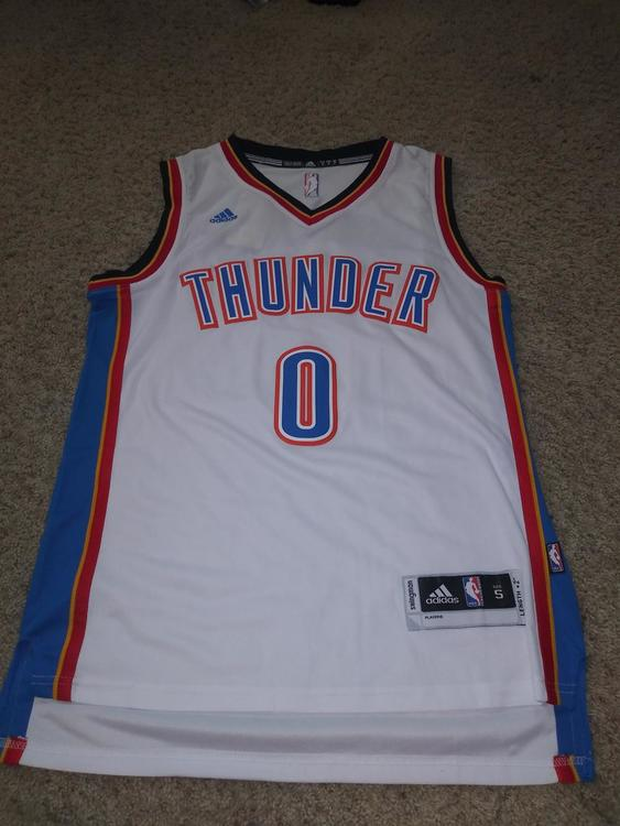 new style eaa3f 01dc7 NWT Russell Westbrook Jersey Adult Small