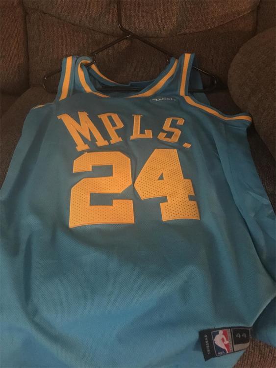 innovative design 90dca 7067e Kobe Bryant Mpls Lakers