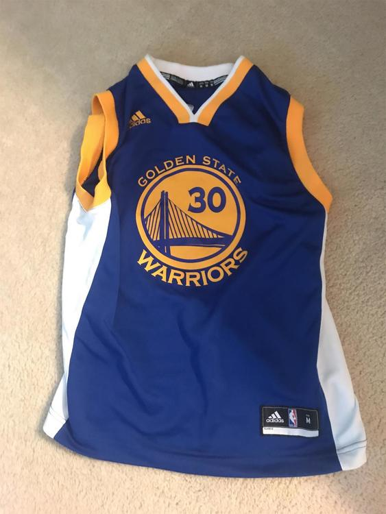 on sale cded4 98bcd Steph Curry Jersey (youth Medium)