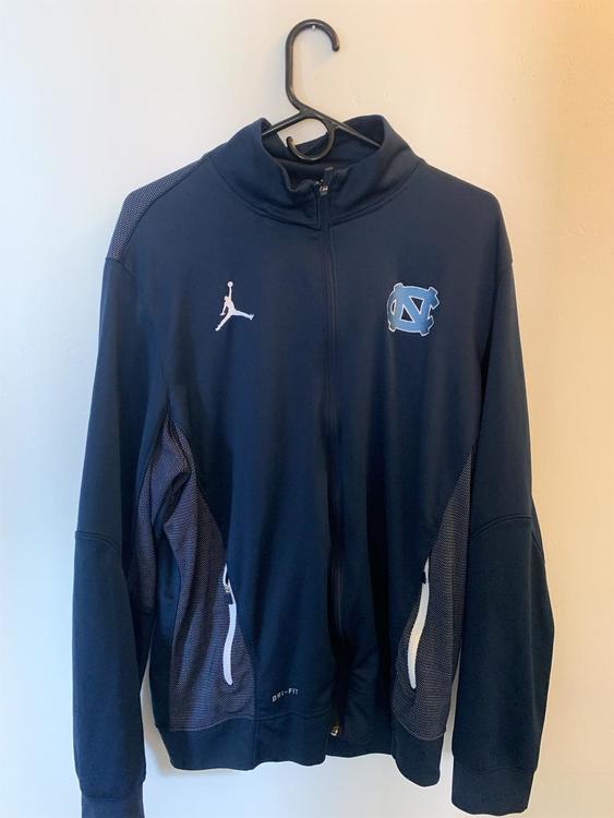 b5e923577e548 Air Jordan New Jacket | Apparel Jackets & Coats | SidelineSwap