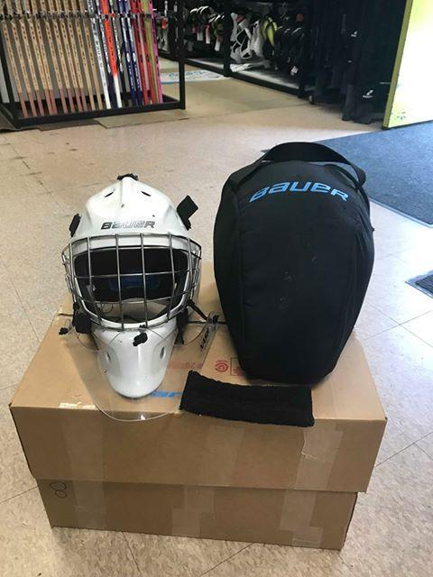 Bauer Nme 8 Mask Senior New Sweatband Includes Mask Bag And