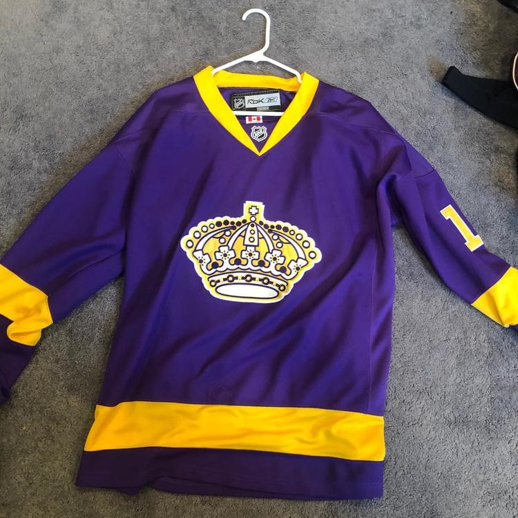 purchase cheap 78700 26444 Mike Richards Los Angeles Kings Throwback Jersey