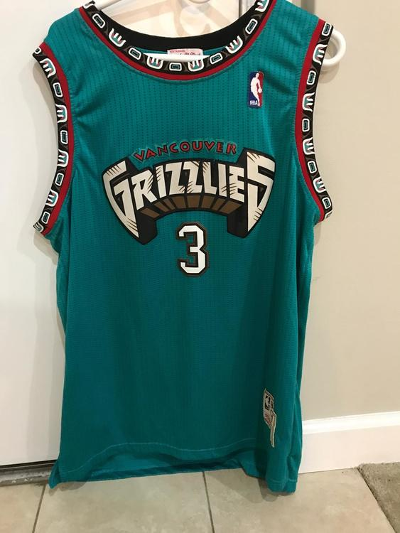 outlet store sale 9f5ed 162d0 Shareef Abdur-Rahim Throwback Vancouver Grizzlies Jersey (L)