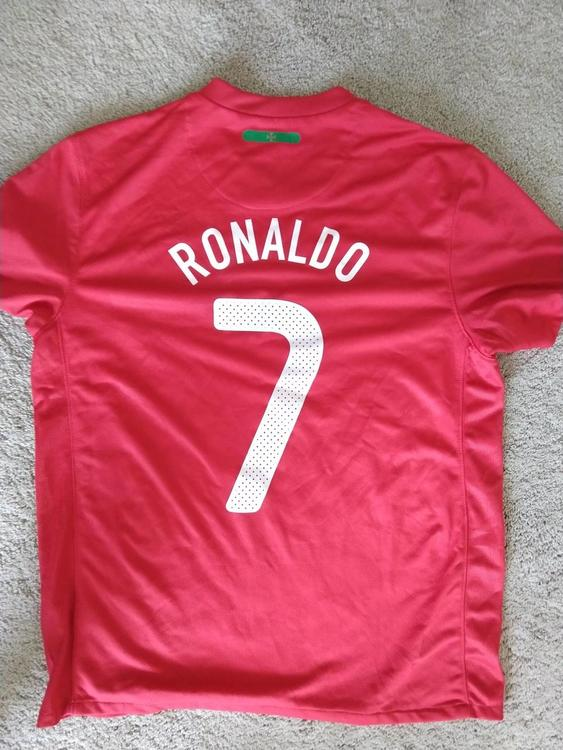 competitive price 717a0 3827c New Cristiano Ronaldo #7 International Nike Jersey