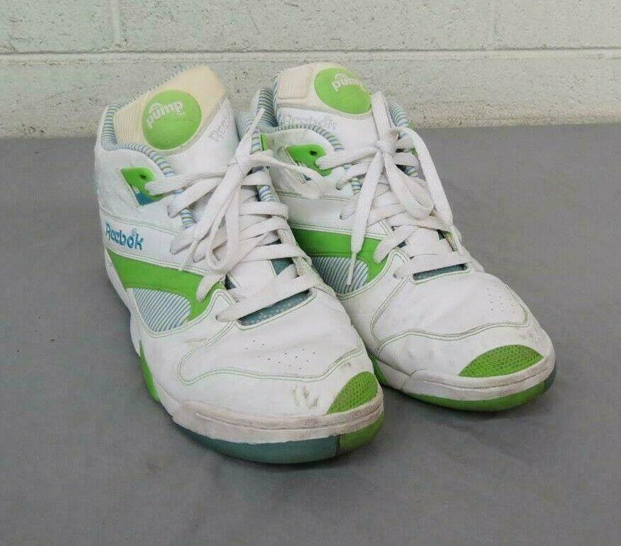 Vintage 1990s Reebok Court Victory The