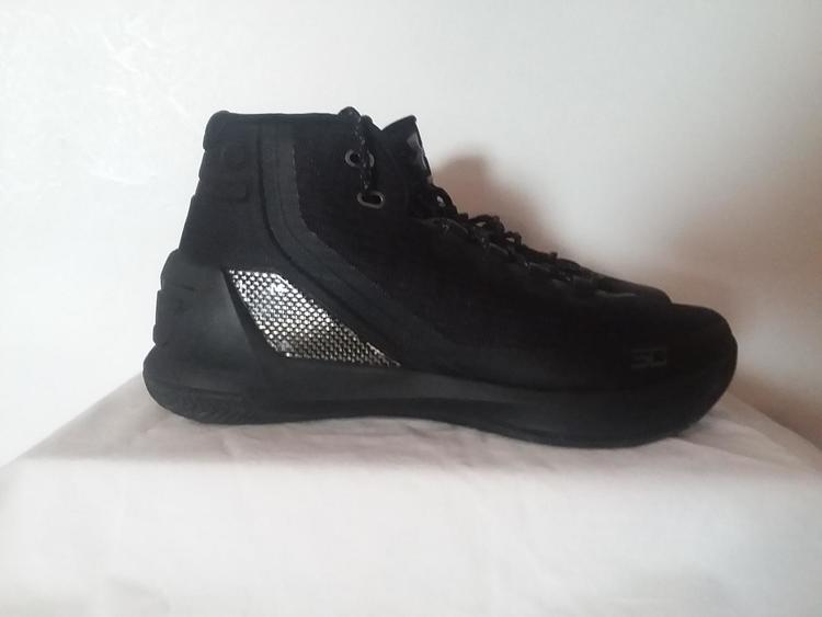 new styles a72d6 ae5e2 New Under Armour Men's Curry 3 Trifecta Black Basketball Shoes 1269279-001