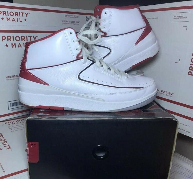 finest selection 0ddb9 4e193 Air Jordan 2 Chicago White Varsity Red Fire Og Mens Size 12.5 (308308-162)  shoe