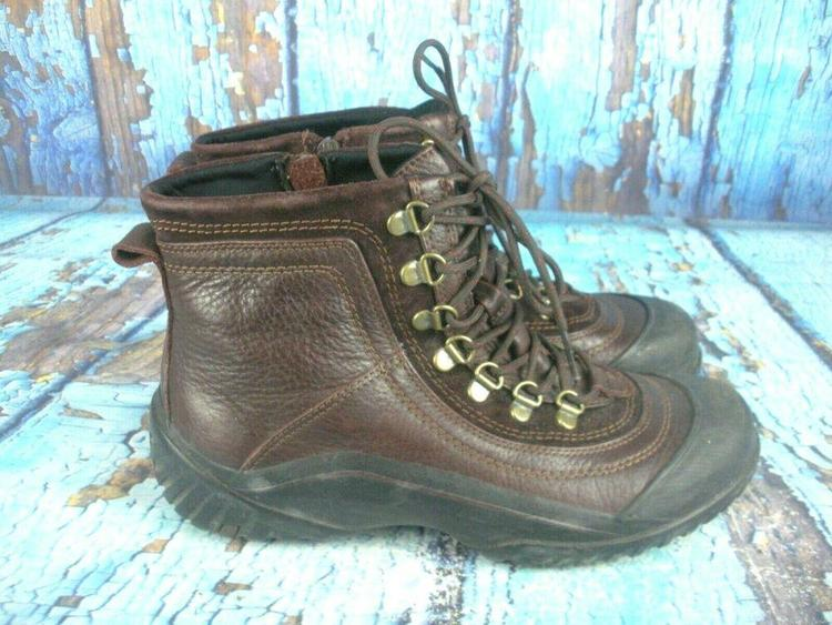 69f50a514a7 Clarks Muckers Brown Leather Waterproof Side Zip Ankle Boots Women's Size  8.5 M