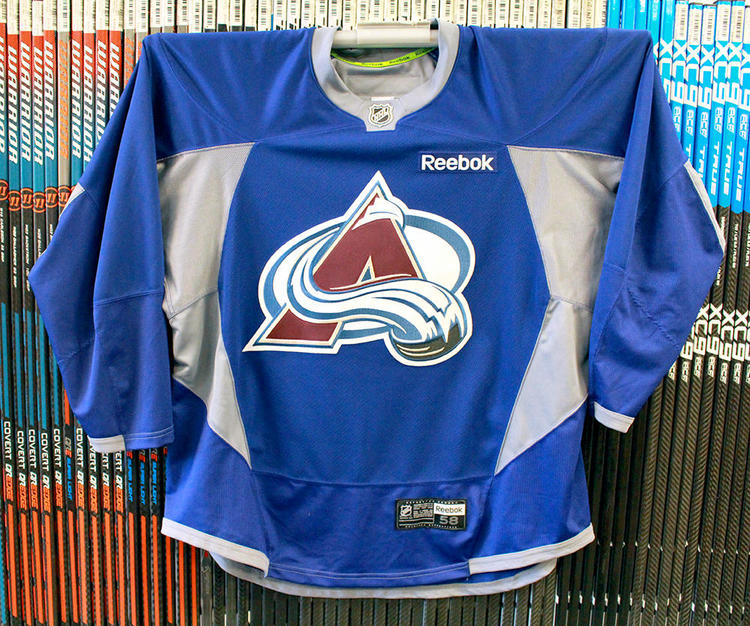 online retailer f1c06 48ba6 Official Blue NHL Practice Jersey Used Colorado Avalanche (size 58)
