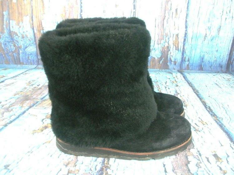 e51c5da6de4 UGG Australia Maylin 3220 Black Suede Shearling Cuff Boots Women's Size: 8
