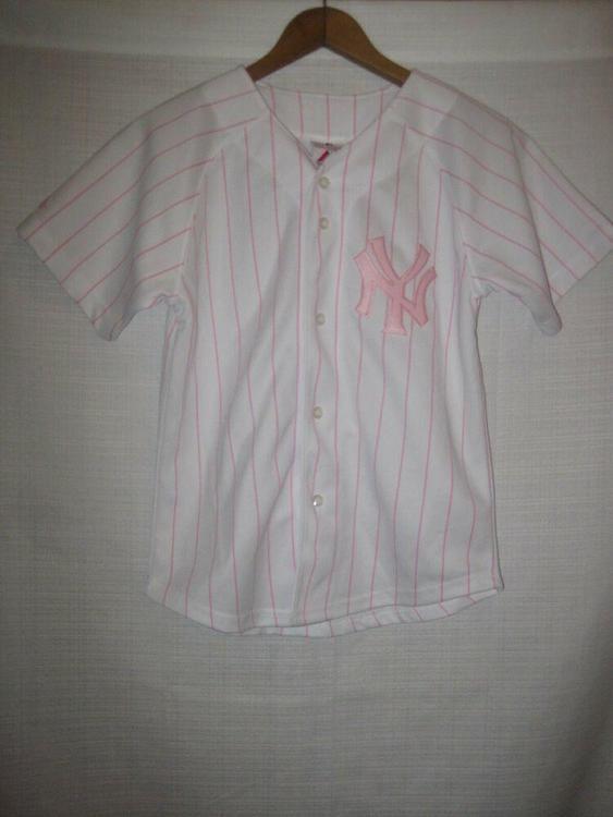 the latest 58a54 b6a90 New York Yankees Majestic Pink Pinstripe Baseball Jersey girls 8/10 white