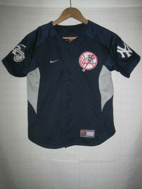 official photos b5075 6f999 New York Yankees Derek Jeter baseball jersey kids boys S blue