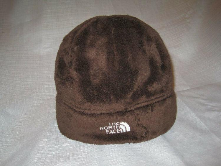 1a33246af The North Face Denali Fleece Beanie Winter Hat Unisex One Size brown