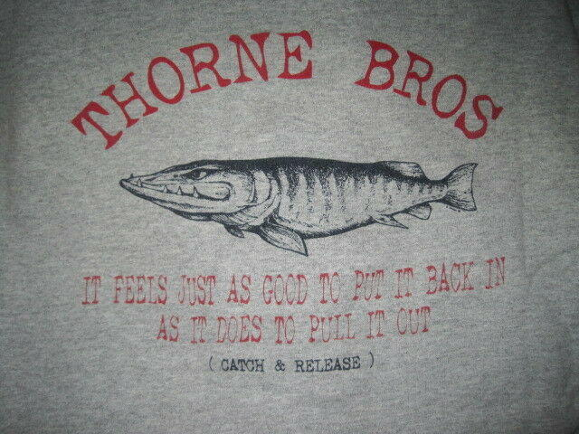 Thorne Bros  Custom Rod & Tackle Musky Fishing Sweatshirt men's M gray