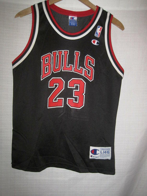 buy online 517d8 bce6a Chicago Bulls Michael Jordan Basketball Jersey boys L 14/16 black Champion