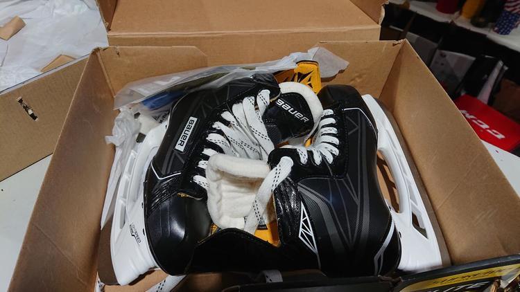 Bauer New Supreme Elite Junior Size 3 5 | REMOVED | Hockey Skates