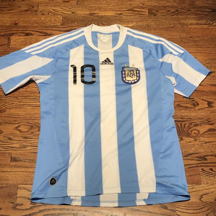official photos 3a41d 56425 Lionel Messi Argentina Soccer Adidas Jersey