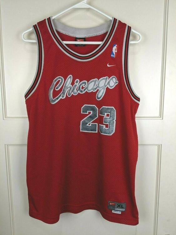 online store b54a7 a7140 Chicago Bulls Michael Jordan #23 Vintage Nike NBA Swingman Jersey Youth XL