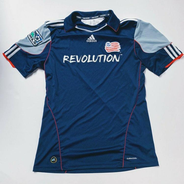 save off db78b 398c2 Authentic Adidas Climacool NEW ENGLAND REVOLUTION MLS SOCCER JERSEY SZ  MEDIUM