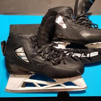 True Skates Senior Pro custom Size 10 | NEW LISTING | Hockey