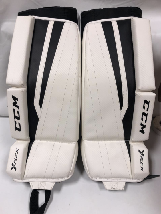 New CCM Goalie Leg Pads Youth