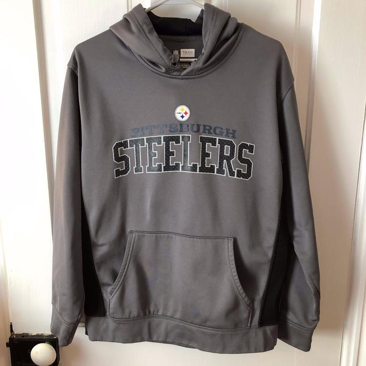 more photos 44f69 97e87 Men's Gray Pittsburgh Steelers Hoodie